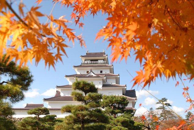 鶴ヶ城公園の紅葉
