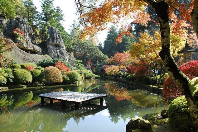 那谷寺の紅葉