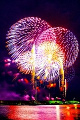 すこ@小平さん投稿の寺泊港まつり海上大花火大会