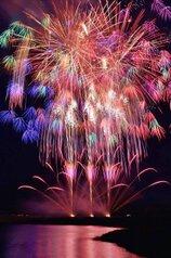 たかちゃんさん投稿の令和改元記念第67回伊勢神宮奉納全国花火大会