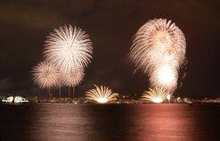 umefukuさん投稿の鹿児島市制130周年記念 第19回かごしま錦江湾サマーナイト大花火大会