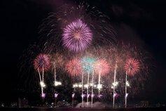 さとにんさん投稿の第71回諏訪湖祭湖上花火大会