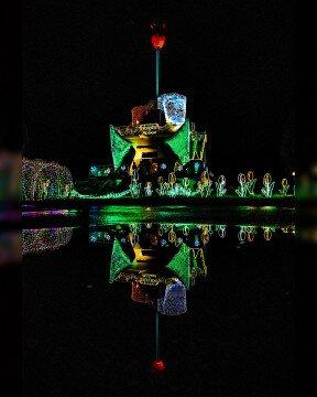 砺波チューリップ公園のイルミネーション写真