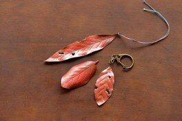 燕の匠と「ものづくり」木の葉づくり彫金体験