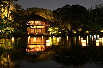夜に憩う 徳川園夕涼み