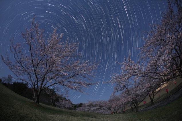 開館25周年記念天文講話「満天星のあゆみ」