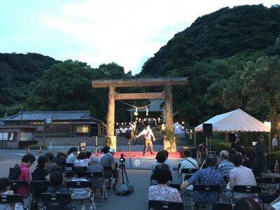 鶴嶺神社六月灯