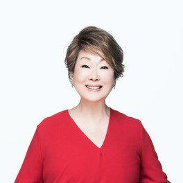 """由紀さおり50年記念コンサート 2019~2020""""感謝""""(北九州公演)"""