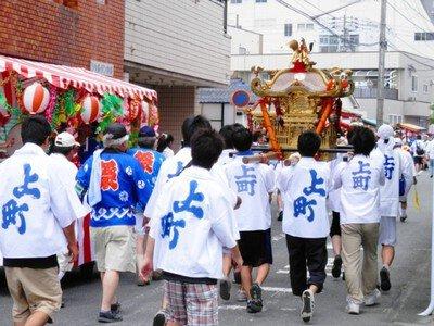 祇園神社の夏祭り