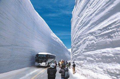 2020立山黒部・雪の大谷フェスティバル