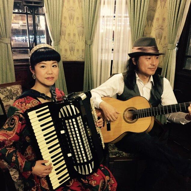 古民家ギャラリーで耳で楽しむ海外旅行! アコーディオン&ギターデュオ・キネマチコルコンサート