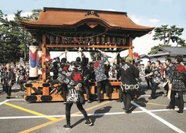 松江祭鼕行列
