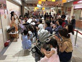 100万人のクラシックライブ in フェスタ姫路 5番街通路