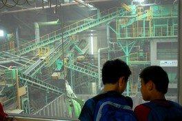 夏休み自由研究 リサイクル工場見学と廃材クラフト