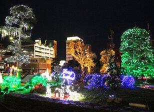中津駅前 ミニ洞門広場
