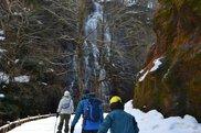 冬の龍双ヶ滝探索ツアー