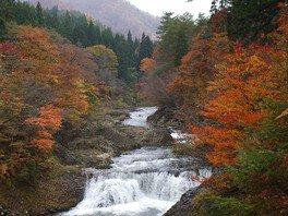川内川渓谷の紅葉