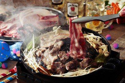 TOKYO TOWER 縁日テラスでハイボール「ジンギスカン BBQ エリア」