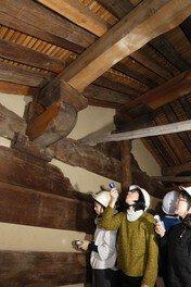 特別公開 世界遺産・元興寺 国宝禅室「屋根裏探検」