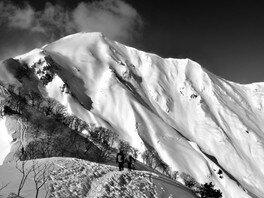 川井靖元写真展「山からのメッセージ~光と風と雪と~」