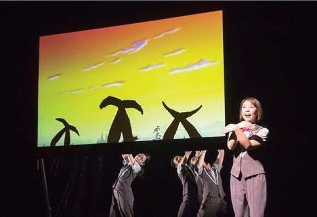 人形劇鑑賞会4月「手影絵パフォーマンス Hand Shadow Show」