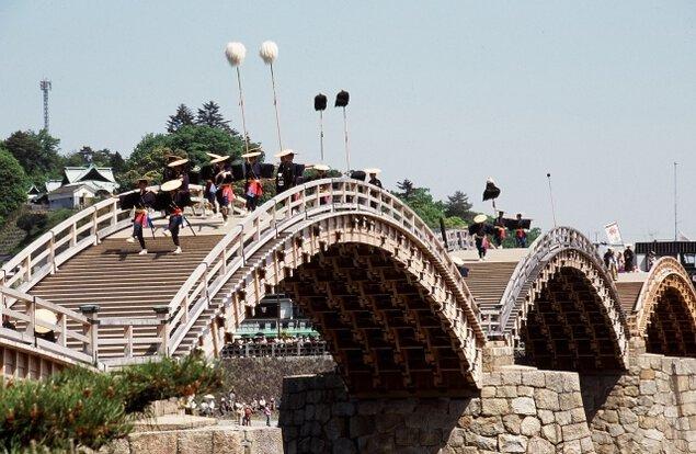 錦帯橋まつり