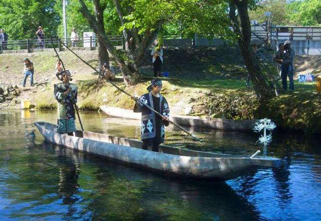 写真展「鮭(カムイチェプ)をめぐる千歳のアイヌ文化」