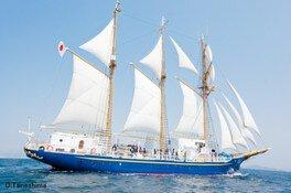 横浜港体験航海