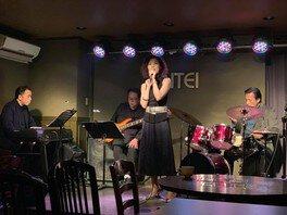 8時だよ!Jazz Live Dr小畑孝廣Quartet+Vo伊藤綾