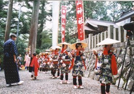 横山神社チャンチャコ踊り