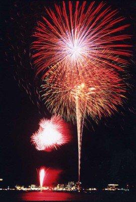 【2020年中止】富士山・河口湖山開きまつり花火大会
