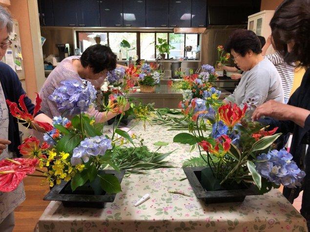 お寺deフラワーアレンジ教室(4月)