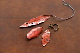 燕の匠と「ものづくり」よくばりコース「木の葉」づくり彫金体験(8月)