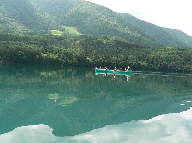 青木湖ボヤージャーカヌーおもしろ実験・遊びツアーランチタイム
