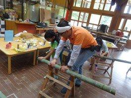 ワークショップ「竹の弓矢作り」