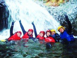 伊香保はるな 洞窟探検&キャニオニング体験「アドベンチャー!岩窟と滝」