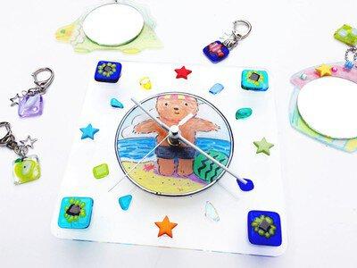 手作りを楽しもう ガラスフュージングで作る「アート時計orアートミニミラーorキーホルダー」