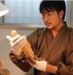 第22回 雨の季節 静かに刻む ひと彫り ひと彫りを 仏師に習う 仏像彫刻入門 体験会