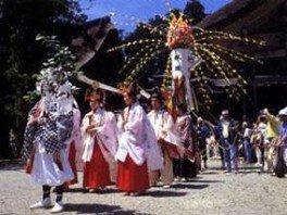 花まつり(出羽三山神社)