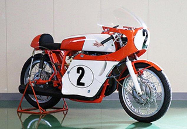 DREAM CB750 FOUR 誕生50年 特別展示「CBレーサーの血統」
