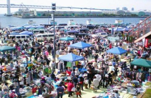 サンシャインワーフ神戸フリーマーケット(4月)
