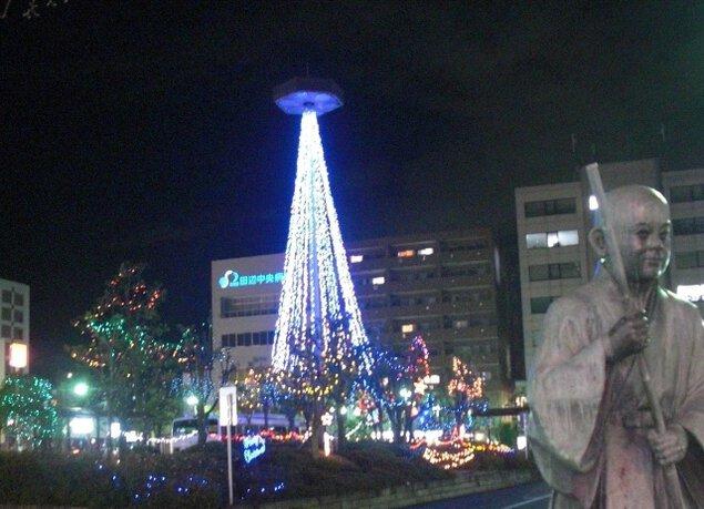 新田辺駅前イルミネーション2018