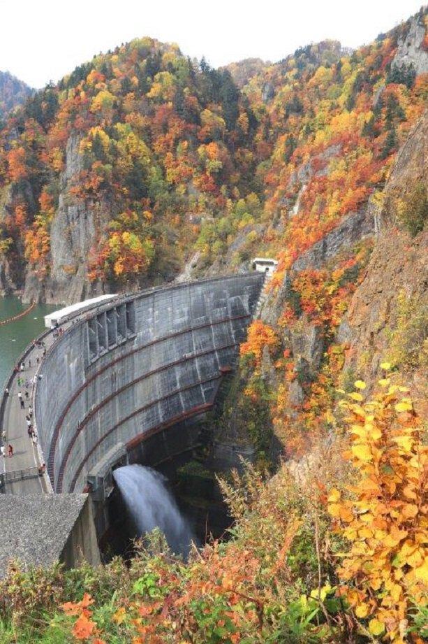 定山渓(豊平峡ダム)の紅葉