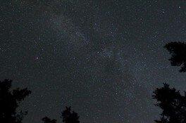 天の川流れる 七夕の星空観察