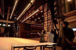 舞台裏を探検 歌舞伎なりきりツアー