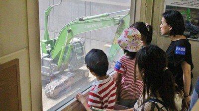 親子でリサイクル教室1 はたらくくるまを見に行こう!