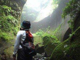 由布川峡谷探検ツアー