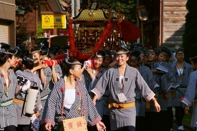 女神輿(熊野三社祭り)