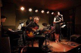 七夕の夜はJazz Live Dr小畑孝廣Quartet+Vo伊藤綾、樋口えみ