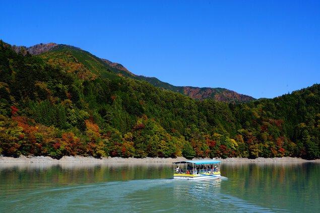 井川湖の紅葉